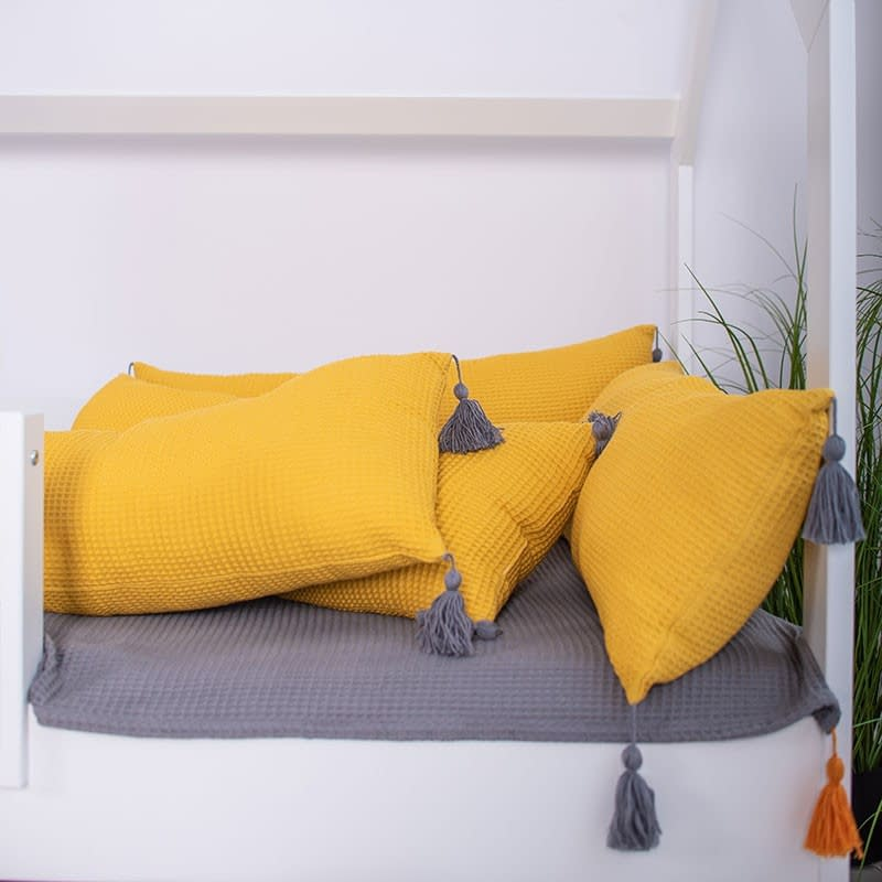 1106 dlugie poduszki z chwostami 4 » Decore Store